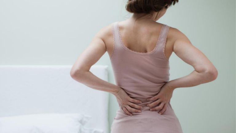 lower-back-pain-early-pregnancy-banner
